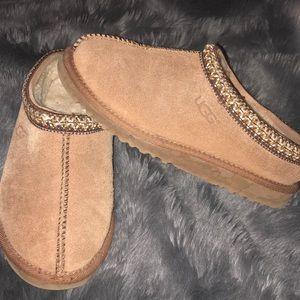 Ugg Tasman Brown Slippers 3 Boys Girls